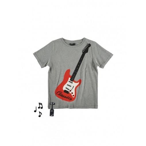 Camiseta con sonido...